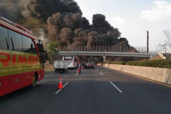 Pipa Pertamina Terbakar Akibat Proyek Kereta Cepat, Satu Orang Tewas