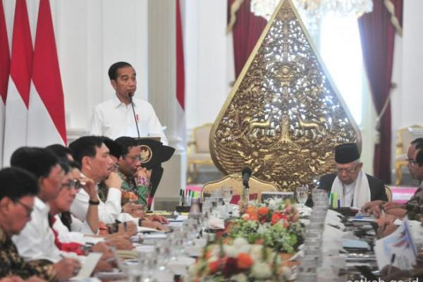 Presiden Jokowi Minta Manajemen Pengelolaan Cadangan Beras Dibenahi