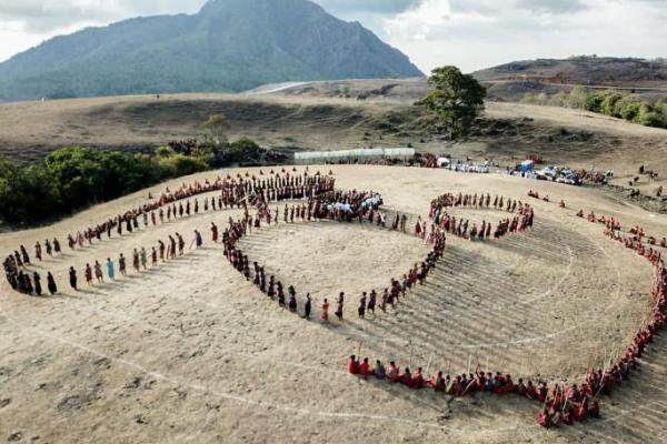 Puncak Festival Fulan Fehan Dimeriahkan 1.500 Penari Likurai