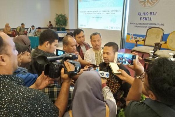 Peduli Lingkungan, Abdul Wahid Minta Pemerintah Awasi dan Kontrol Kegiatan Industri