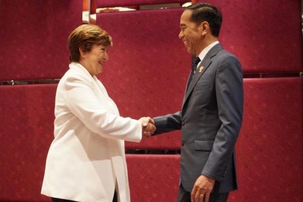 Menteri dari PKB Dampingi Presiden Jokowi Bertemu Direktur IMF di Thailand