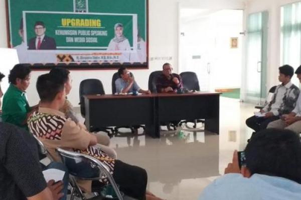 Staf Fraksi dan Sekretariat PKB se Lampung Ikut Upgrading Kehumasan