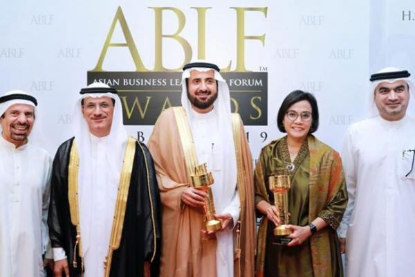 Menteri Sri Mulyani Raih Penghargaan Stateperson Award di Dubai