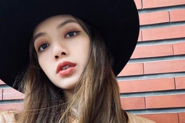 Lisa BLACKPINK Dinobatkan Sebagai Perempuan Tercantik se-Asia