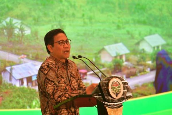 Menteri Halim Iskandar Minta SHM di Kawasan Transmigrasi Segera Diselesaikan