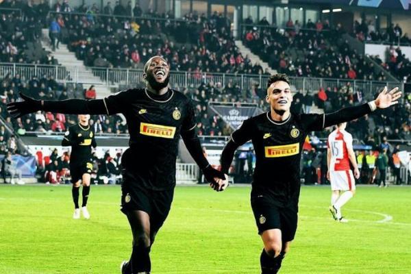 Duet Lautaro dan Lukaku Bersinar Saat Inter Milan Bungkam Slavia Praha 3-1