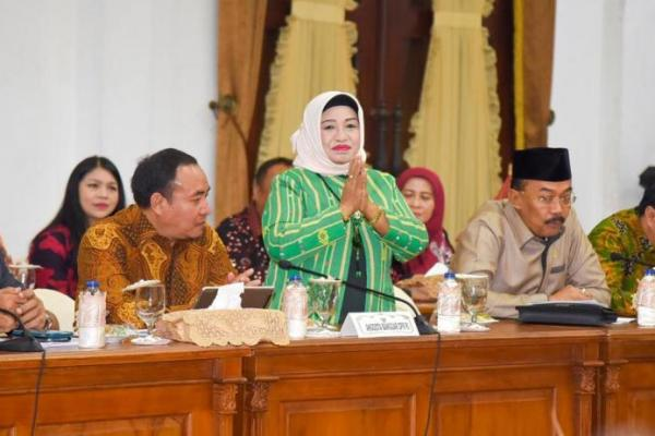 Legislator PKB, Anisah Syakur Ikhlas Sebagian Gajinya Dipotong untuk Tangani Corona