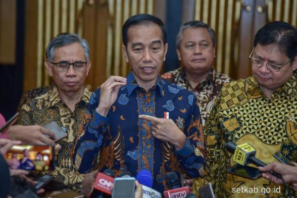 Presiden Jokowi Ingin Impor Migas Dikendalikan