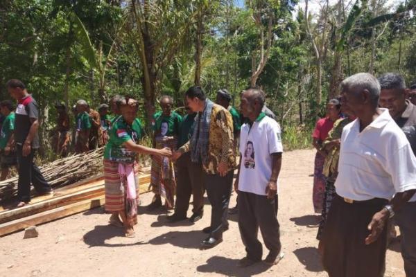 Edward Tannur Jaring Aspirasi Warga Desa di Tapal Batas RI-Timor Leste