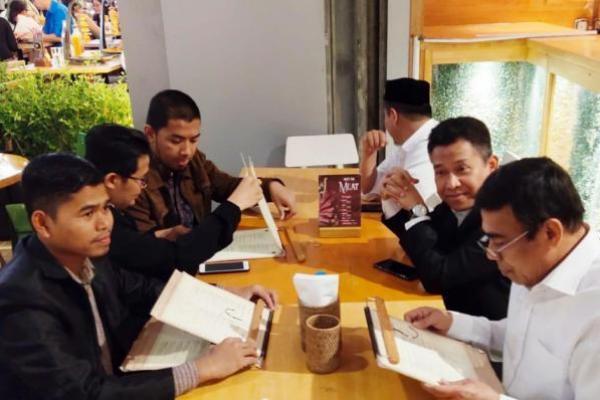 Bertemu WNI yang Jadi Imam di Dubai, Menag: Jaga Nama Baik Bangsa