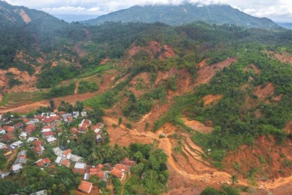 BNPB Sebut Banjir Bandang di Lebak Akibat Tambang Ilegal
