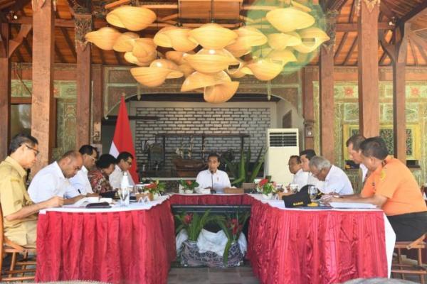 Jokowi: Pengembangan Destinasi Wisata Labuan Bajo Dibenahi Tahun Ini
