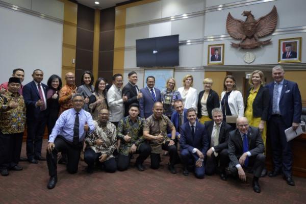 Bertemu Delegasi Parlemen Norwegia, Komisi I Bahas Blokade Sawit Indonesia