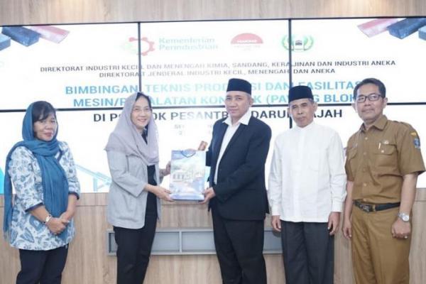 Pemerintah Dorong Program Santripeneur, PonPes di Indonesia Berhasil Buka Usaha IKM