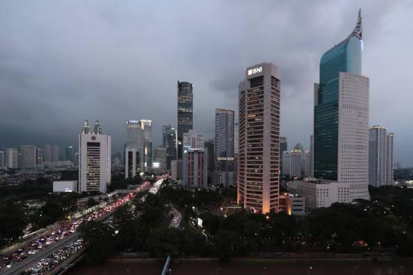 Kinerja Perekonomian RI Melambat, OJK Siapkan Tiga Stimulus