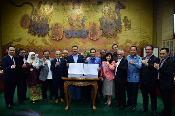 Rapat Bareng Menteri Perdagangan, Komisi VI DPR Setujui RUU IA-CEPA