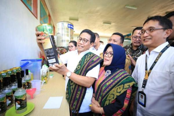 Jokowi Intruksikan Gus Halim Kawal Padat Karya Tunai Dana Desa