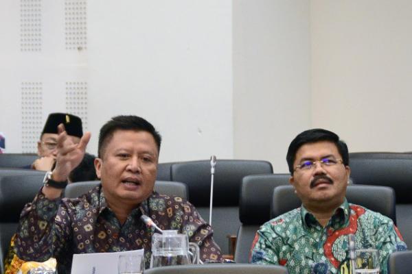 Tak Capai Target, Banggar DPR Kritisi Penerimaan Pajak 2019