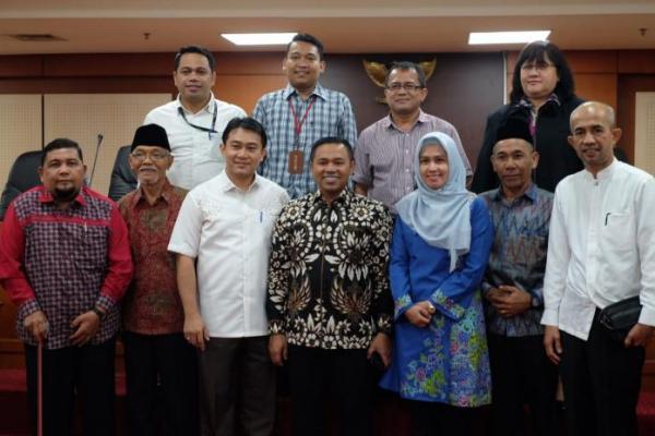 Soal DBH Perkebunan dan Retribusi Pajak Daerah, DPRD Riau Konsultasi ke Abdul Wahid