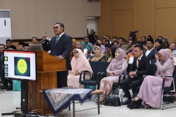 Jazilul Fawaid Lulus Uji Disertasi dengan Nilai Sangat Memuaskan