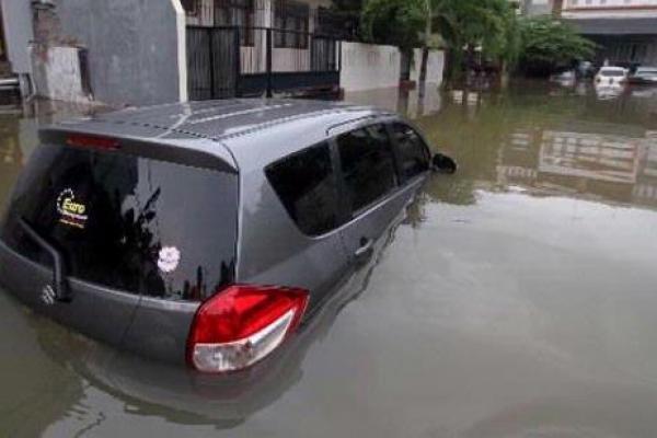 Penting! ini 7 Masalah Mobil Setelah Terendam Banjir