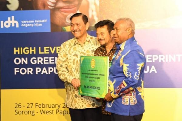 Pacu Investasi Sektor Pertanian di Papua, Mentan Serahkan Rp 49 M