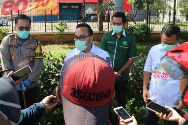 PKB Kabupaten Tangerang Bagikan Hand Sanitizer, Masker dan Sembako ke Masyarakat