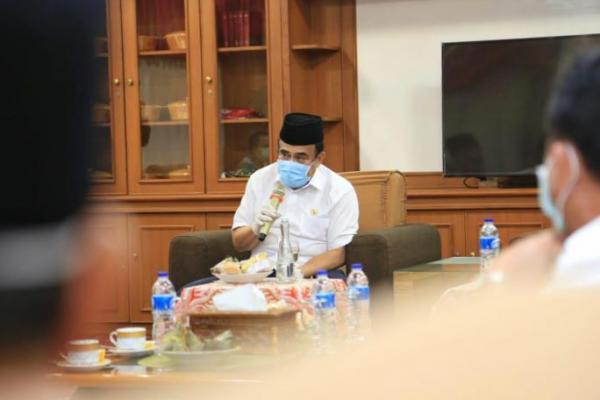 Menteri Agama, Fachrul Razi Positif Terjangkit Covid-19