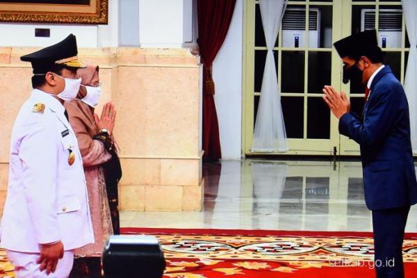Presiden Jokowi Lantik Wakil Gubernur DKI Jakarta Sisa Masa Jabatan 2017-2022