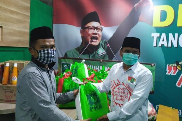 PKB Banten Salurkan 1.000 Paket Sembako ke Guru Ngaji