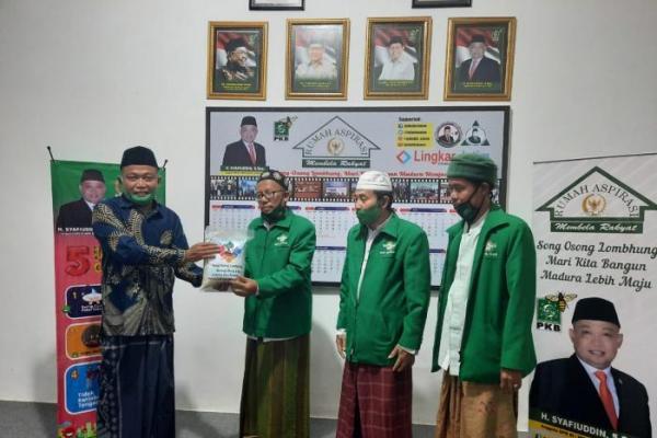 Ikhtiar Syafiuddin Asmoro Bantu Warga Terdampak Covid-19 di Bangkalan