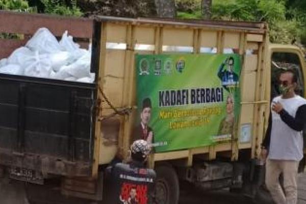 Legislator PKB, Kadafi Kembali Bagikan Ribuan Paket Sembako ke Warga Lampung