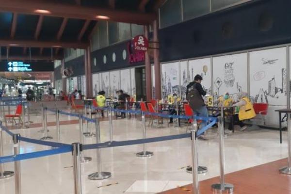 Angkasa Pura Turunkan Tarif Tes Covid-19 di Bandara