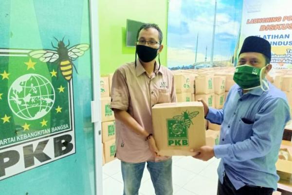 DPW PKB Jambi Distribusikan 5000 Paket Sembako dari Muhaimin Iskandar