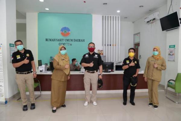 Kemnaker Sumbang APD Bagi Tenaga Medis di RSUD Cipayung