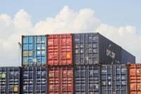 Neraca Perdagangan Juni Surplus 1,27 Miliar Dolar AS
