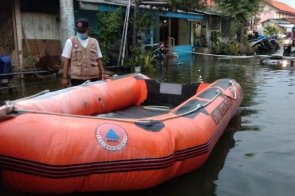 Banjir Rob Rendam 187 Rumah Warga di Kota Tegal