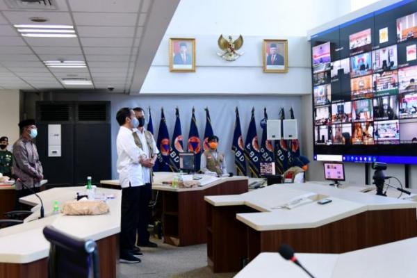 Jika Kasus Covid-19 Naik, Jokowi: Kita Ketatkan Kembali