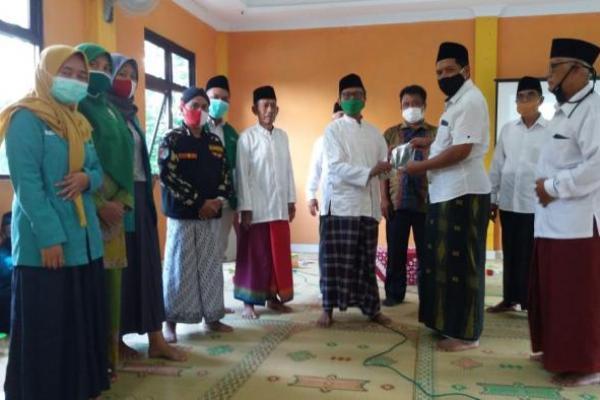 Gandeng Satgas PCNU, PKB Sleman Bagi Masker ke MWC NU