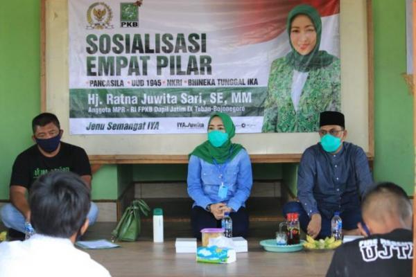 Gelar Sosialisasi `Door to Door`, Ratna Juwita Tekankan Pentingnya Menjaga Pancasila
