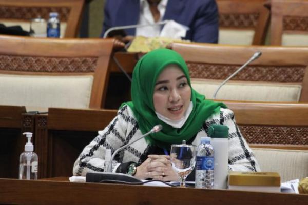Kritisi Kriteria Anggota Komite BPH Migas, Ratna: Jangan Diskreditkan Kaum Milenial