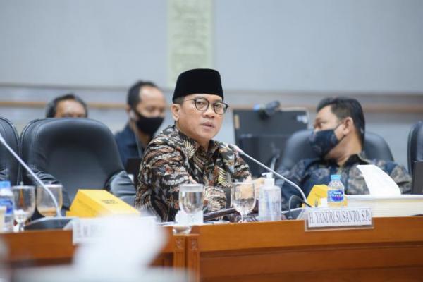 Pemotongan Dana BOS Madrasah Masih Ada, Komisi VIII DPR Kritisi Kemenag