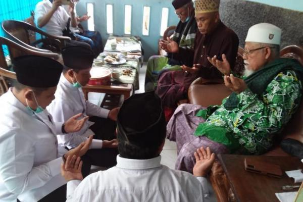 Tegas! Abah Hakim dan Pesantren Kananga Pandeglang Dukung Thoni-Imat