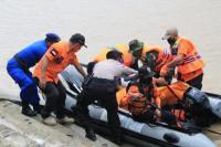 Sempat Terseret Banjir, Seorang Warga Lamongan Berhasil Diselamatkan