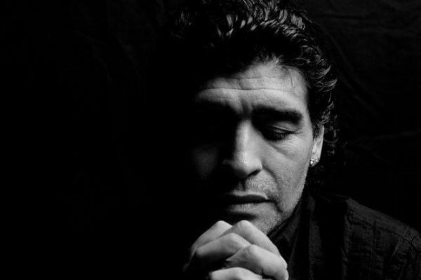 Diego Maradona Meninggal Dunia, Sepak Bola Dunia Berduka