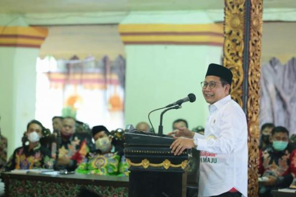 Di Sumenep, Gus Menteri Paparkan Program Prioritas Dana Desa