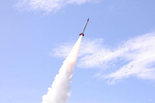LAPAN Luncurkan Roket RX450-5 Dengan Jangkauan 100 KM Lebih