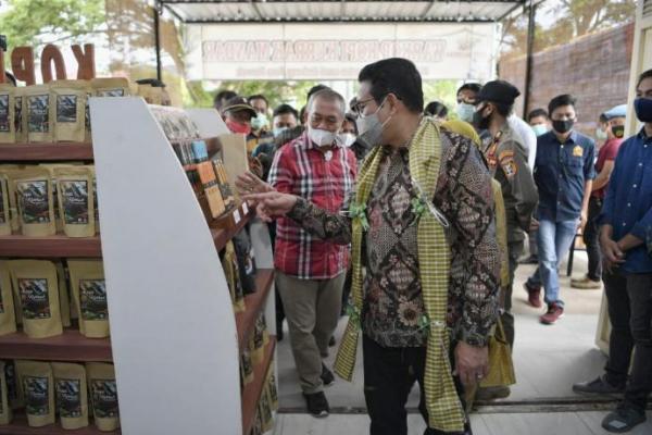 Gus Menteri Buka Peluang Swasta Jadi Off Taker Produk BUMDes