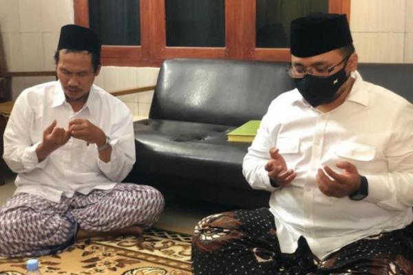 Usai ke Gus Mus, Menag Juga Sambangi Kediaman Gus Baha di Rembang