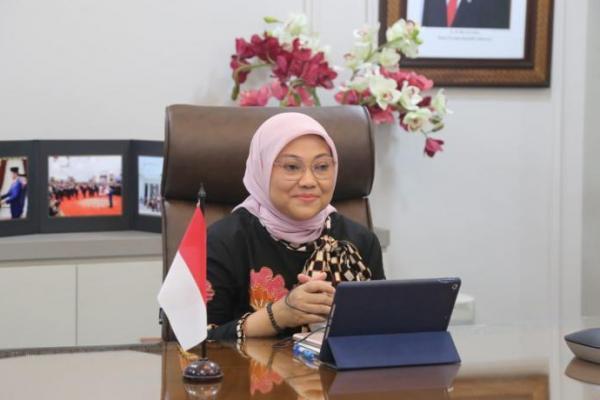Kawal Implementasi UU Cipta Kerja, Menaker Ida Minta Kadisnaker Bersinergi